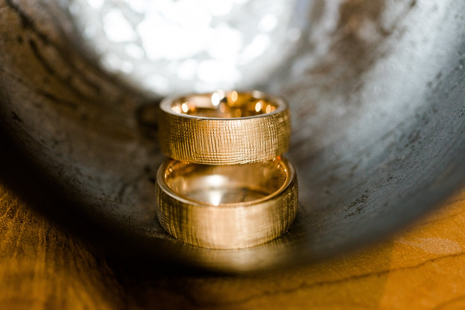 Wedding ring Ring Wedding ceremony supply Brass Metal Close-up Photography Fashion accessory Jewellery Macro photography Gold Still life photography