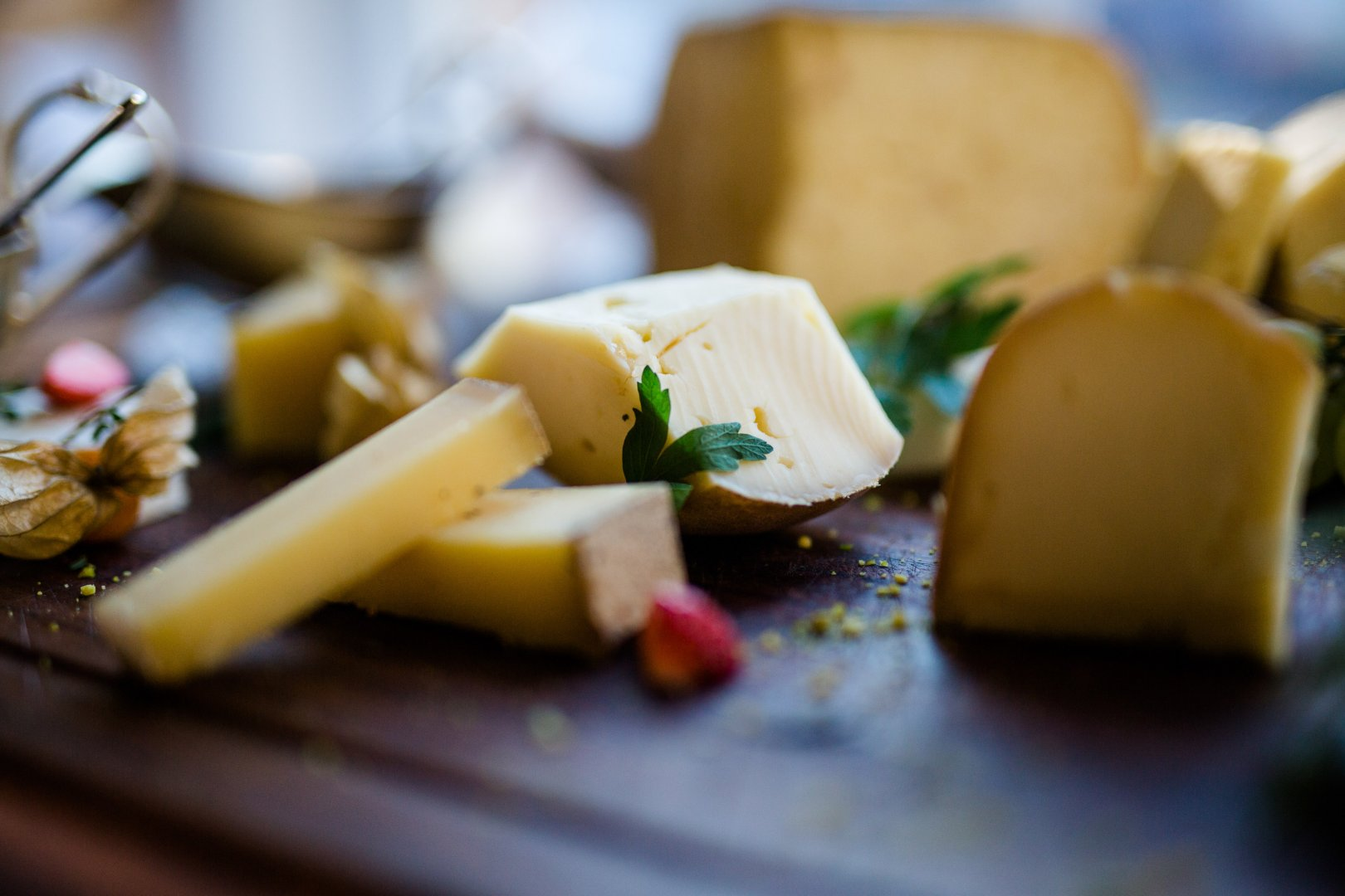 Food Ingredient Cuisine Dish Cheese Cheddar cheese Dairy Vegetarian food Feta À la carte food Goat cheese Limburger cheese Recipe Comfort food Produce Grana padano Provolone Pecorino romano Canapé Brunch Camembert Cheese Vegetable Gruyère cheese