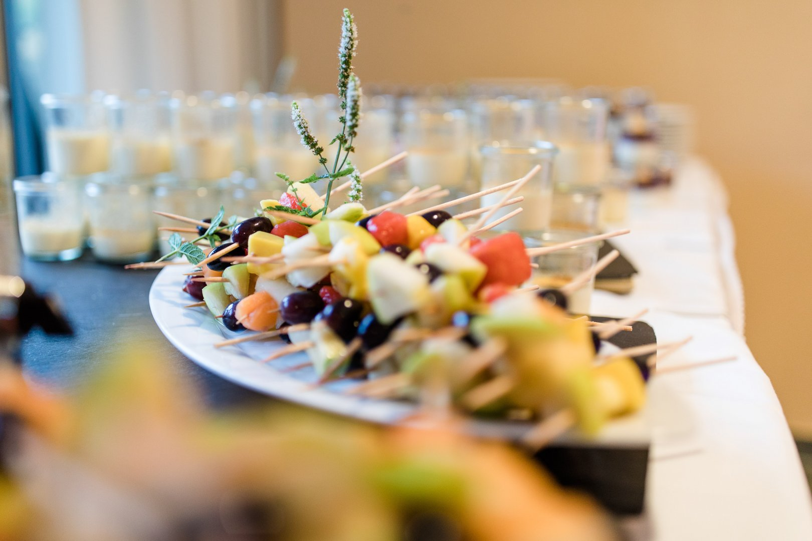 Food Dish Brunch Cuisine Meal À la carte food Salad Finger food Ingredient Lunch appetizer Restaurant Canapé Dinner Recipe Produce Table Hors d'oeuvre Culinary art Party Supper Rehearsal dinner