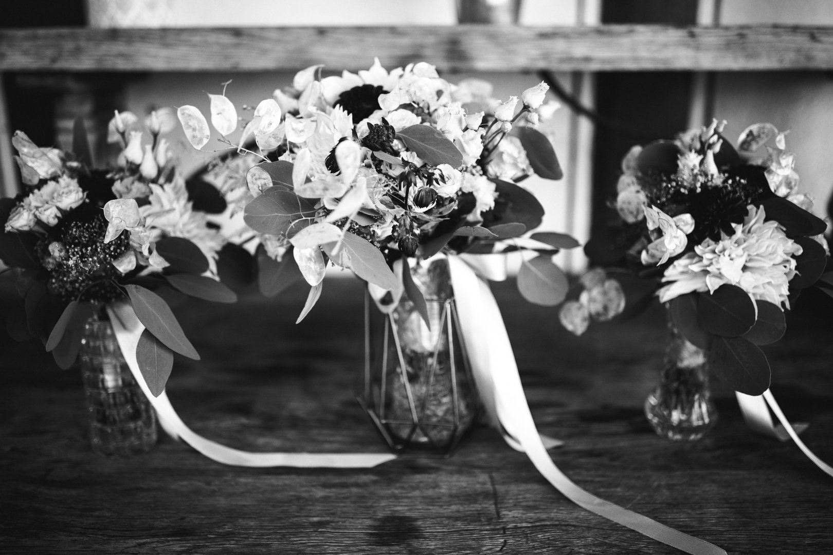 White Bouquet Photograph Black-and-white Monochrome photography Black Flower Still life photography Cut flowers Monochrome Flower Arranging Floral design Plant Photography Floristry Stock photography Ceremony Petal Style Wildflower Still life Hydrangea Wedding Cornales Artificial flower