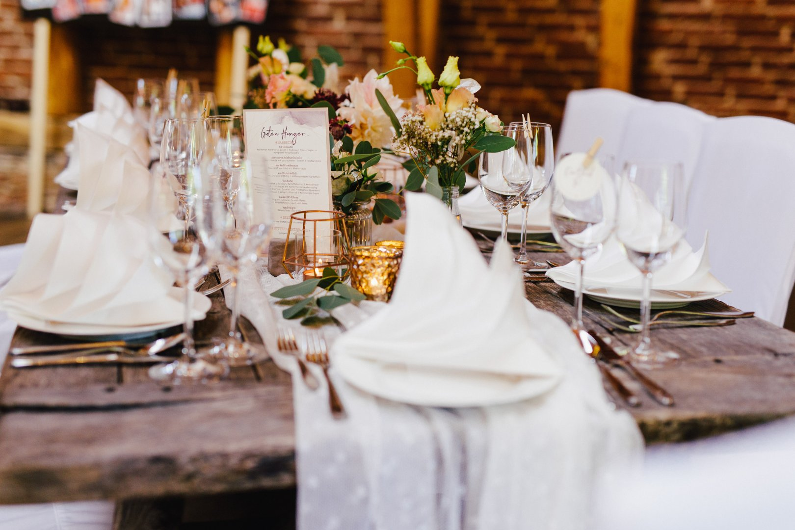 Wedding banquet Photograph Rehearsal dinner Tablecloth Restaurant Table Centrepiece Decoration Yellow Wedding reception Event Banquet Textile Chair Flower Linens Ceremony Floral design Furniture Flower Arranging Function hall Floristry Party Tableware Room Meal Plant Chiavari chair Interior design Champagne stemware