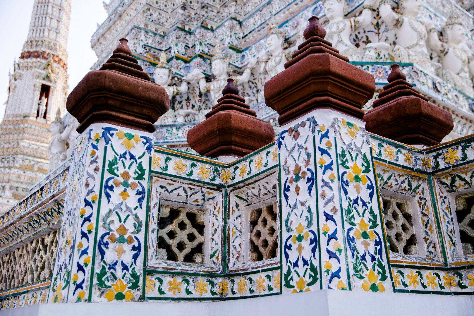 Holy places Architecture Place of worship Facade Building Historic site Temple Stone carving Temple Shrine Tourism Palace Carving Arch Hindu temple Monastery