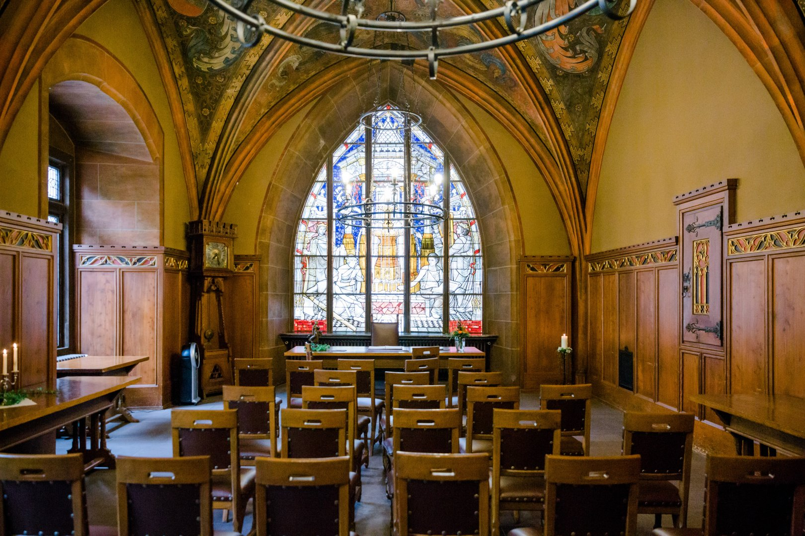 Stained glass Chapel Building Holy places Place of worship Architecture Glass Vault Church Window Aisle Interior design Arch Ceiling Room Parish Altar Cathedral Medieval architecture Byzantine architecture Crypt Furniture Arcade Convent Basilica Synagogue Symmetry Baptistery Hall