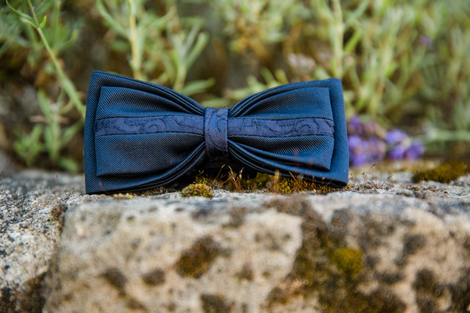 Blue Bow tie Green Turquoise Butterfly Azure Fashion accessory Tie Moths and butterflies Electric blue Ribbon Hair accessory