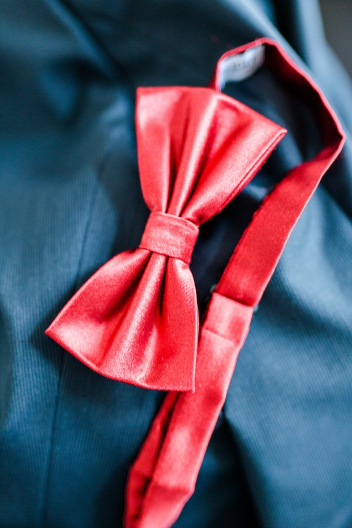 Red Blue Bow tie Tie Fashion accessory Textile Knot Silk Formal wear Satin
