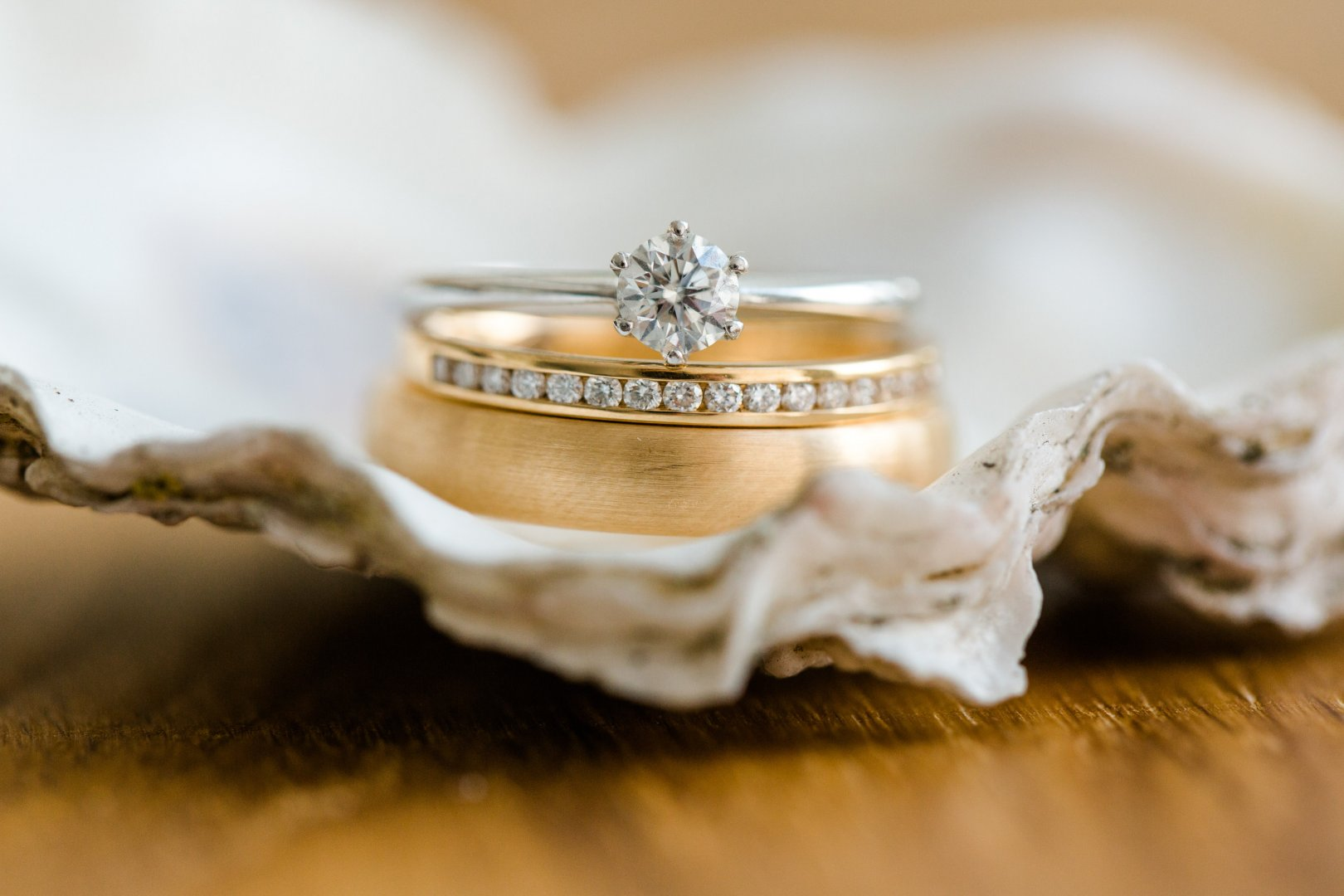 Ring Engagement ring Wedding ring Fashion accessory Jewellery Wedding ceremony supply Photography Silver Metal Macro photography Engagement